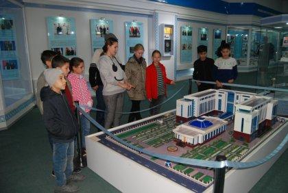Экскурсия в музей истории Узбекистана